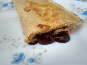 crêpe au chocolat noir fondu